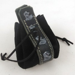 Leather purse black coloured with little kitty pattern