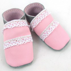 Baby leather slippers pink and grey coloured with dentel