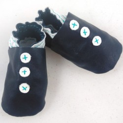 Baby leather slippers night blue coloured button pattern