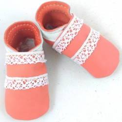 Salmon and white lamb leather baby slippers with white lace