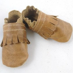 Baby leather slippers camel coloured cute like golfer shoes