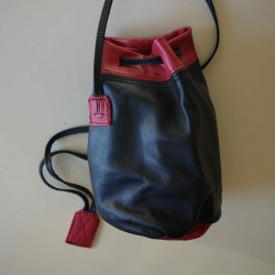 Leather sailor bag, black and red coloured