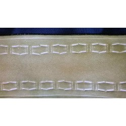 Leather guitar strap, mulching pattern
