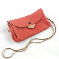 Shoulder clutch bag, in coral-colored and natural colored leather