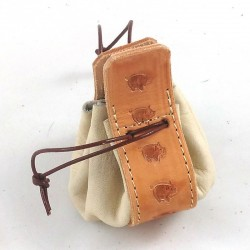 Leather purse cream coloured with little pig pattern